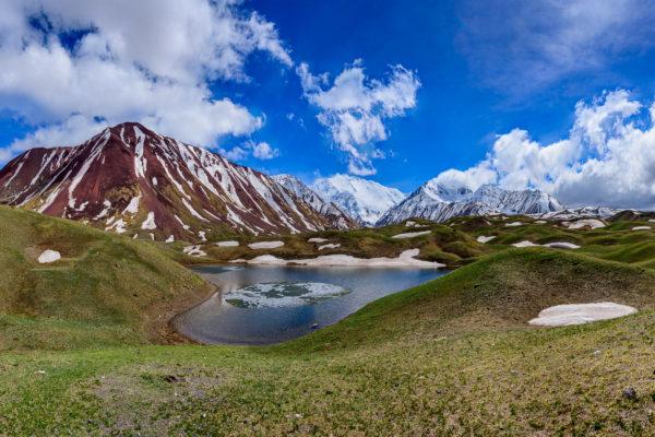 Tulpar-Kul Lake