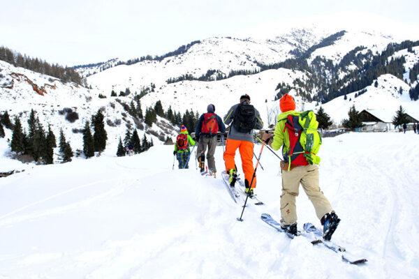 В Кыргызстане открылся зимний туристический сезон